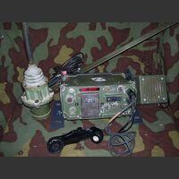 TRC20571 Ricetrasmettitore veicolare VHF/FM TRC 571 Apparati radio militari