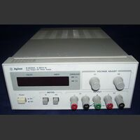 AgilenE3620A AGILENT E3620A DC Power Supply Alimentatori