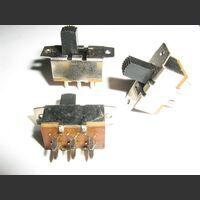CDSV1V2P2PF Commutatore da Circuito stampato 2vie 2 posizioni  Verticale fiss. 20mm Commutatori e Interruttori