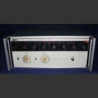 FLUKE 6160B Frequency Synthesizer FLUKE 6160B -da revisionare Strumenti