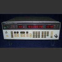 HP 8656B Signal Generator HP 8656B opt 001 Strumenti