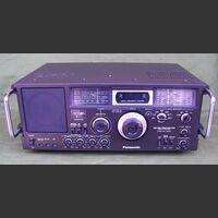 PANASONIC RF-4900 Ricevitore PANASONIC RF-4900 Apparati radio