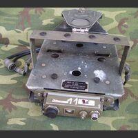 Base antivibrante SP-204 Base antivibrante con telecomando SP-204 Apparati radio militari