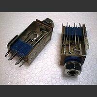 presaJACKpassante Presa da pannello JACK 6,3mm  -Stereo- con contatto N.C. Connettori