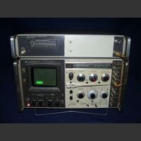 Spectrum Analyzer HP 141T Spectrum Analyzer HP 141T + HP8555A (RF-Section) + HP8552B (IF-Section) Strumenti