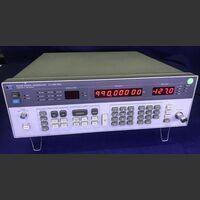 HP 8656B Signal Generator HP 8656B Strumenti