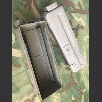 KO-410-A Vano portabatterie RV-3/P KO-410-A Accessori per apparati radio Militari