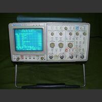 TEKTRONIX 2430 Oscilloscope TEKTRONIX 2430 -da revisionare Strumenti