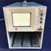 TEK 5441 Main Frame Storage Oscilloscope TEK 5441 -da revisionare Strumenti