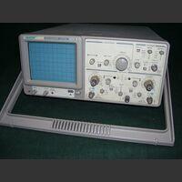 7425 Oscilloscope ATTEN 7425 Strumenti
