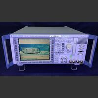 ROHDE & SCHWARZ CMU 200 Universal Radio communication Tester ROHDE & SCHWARZ CMU 200 Strumenti