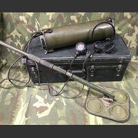 DT-44D/PRS-3 Mine Detector DT-44D/PRS-3 Militaria