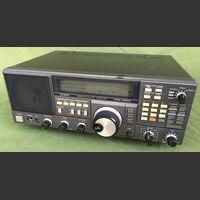 FRG-8800 Communications Receiver YAESU FRG-8800 with FRV-8800 Apparati radio