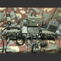 RV-4 / 213V RV-4 / 213V Stazione radio veicolare in VHF FM da 26 a 71,95 Mhz Apparati radio