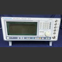 ROHDE & SCHWARZ SMIQ Signal Generator ROHDE & SCHWARZ SMIQ Strumenti