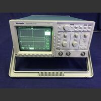 TDS 310 TWO Channel Oscilloscope  TEKTRONIX TDS 310 Strumenti