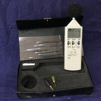 TES 1351 Sound Level Meter TES 1351 Strumenti