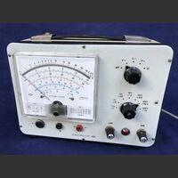 VTVM-1001 Voltmetro Elettronico CHINAGLIA VTVM-1001 Strumenti