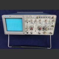 TEKTRONIX 2230 Digital Storage Oscilloscope TEKTRONIX 2230 Strumenti