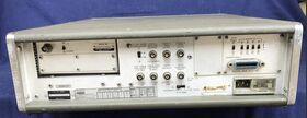 HP 5345A + converter HP 5354A Electronic Counter HP 5345A + converter HP 5354A DC - 4 Ghz opt. 011 Strumenti