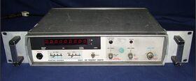 RACAL DANA mod. 9921 UHF Frequency Counter RACAL DANA mod. 9921 -da revisionare Strumenti