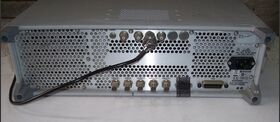 E4421B ANGILENT E4421B series ESG  Signal Generator Generatori RF - AF - SWEEP
