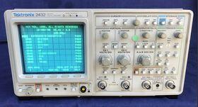TEK 2432 Digital Oscilloscope TEK 2432 Strumenti