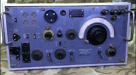 Set R107 Reception Set R107 Apparati radio