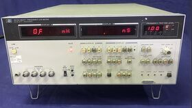 HP 4274A Multi-Frequency LCR Meter HP 4274A Strumenti