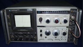 HP 141T + HP8554B  Spectrum Analyzer HP 141T + HP8554B (RF-Section) + HP8552B (IF-Section) Strumenti