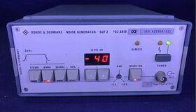 ROHDE & SCHWARZ SUF 2 Noise Generator ROHDE & SCHWARZ SUF 2 Strumenti