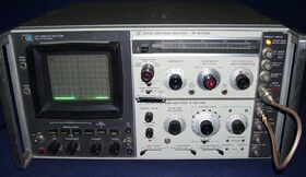 HP141T + HP8555A Spectrum Analyzer  HP 141T + HP8555A (RF-Section) + HP8552B (IF-Section) Strumenti