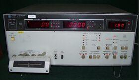 HP 4276A LCZ Meter HP 4276A Multimetri - Voltmetri - A/V/Ohm - RCL