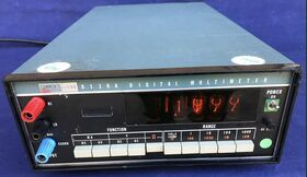 FLUKE 8120A Digital Multimeter FLUKE 8120A Strumenti