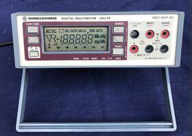ROHDE & SCHWARZ UDL45 Digital Multimeter ROHDE & SCHWARZ UDL45 Strumenti