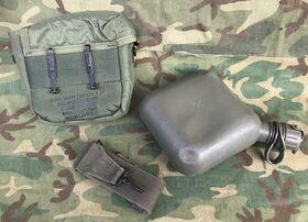 SP0100-04-D-4188 Contenitore morbido per acqua con custodia U.S. Army Militaria