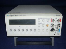 PHILIPS FLUKE PM 2534 System Multimeter PHILIPS FLUKE PM 2534 Strumenti