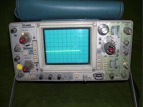 TEKTRONIX 465 Oscilloscope TEKTRONIX 465 (da revisionare) Strumenti