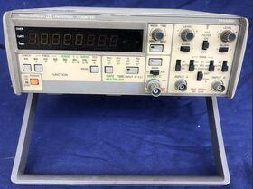 TR 5823H Universal Counter TAKEDA RIKEN TR 5823H Strumenti