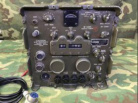 R-392/URR Radio Receiver R-392/URR Apparati radio