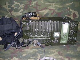 """R-1230-PD9 Ricetrasmettitore da carro """"Tank"""" R-1230-PD-9 Apparati radio militari"""