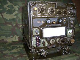 RT323 Ricetrasmettitore UHF RT-323A/VRC-24 Apparati radio militari