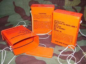 Scatoladissal. Scatola  in latta ( Desalter Kit, Sea Water, MARK 2) Miscellanea