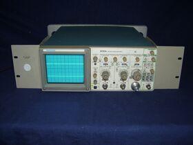 TEKTRONIX 2235A -versione rak- Oscilloscope TEKTRONIX 2235A -versione rak Strumenti