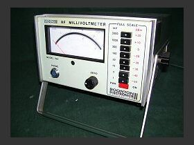 BOONTON mod. 92B Programmable RF Millivoltmeter BOONTON mod. 92B Strumenti