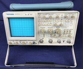TEKTRONIX 2445A Oscilloscope TEKTRONIX 2445A Strumenti