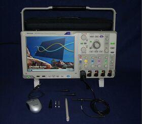 TEKTRONIX DPO 5054 Digital Phosphor Oscilloscope TEKTRONIX DPO 5054 Strumenti