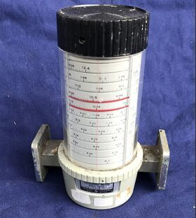 HP X532B Frequency Meter HP X532B -non provato Strumenti
